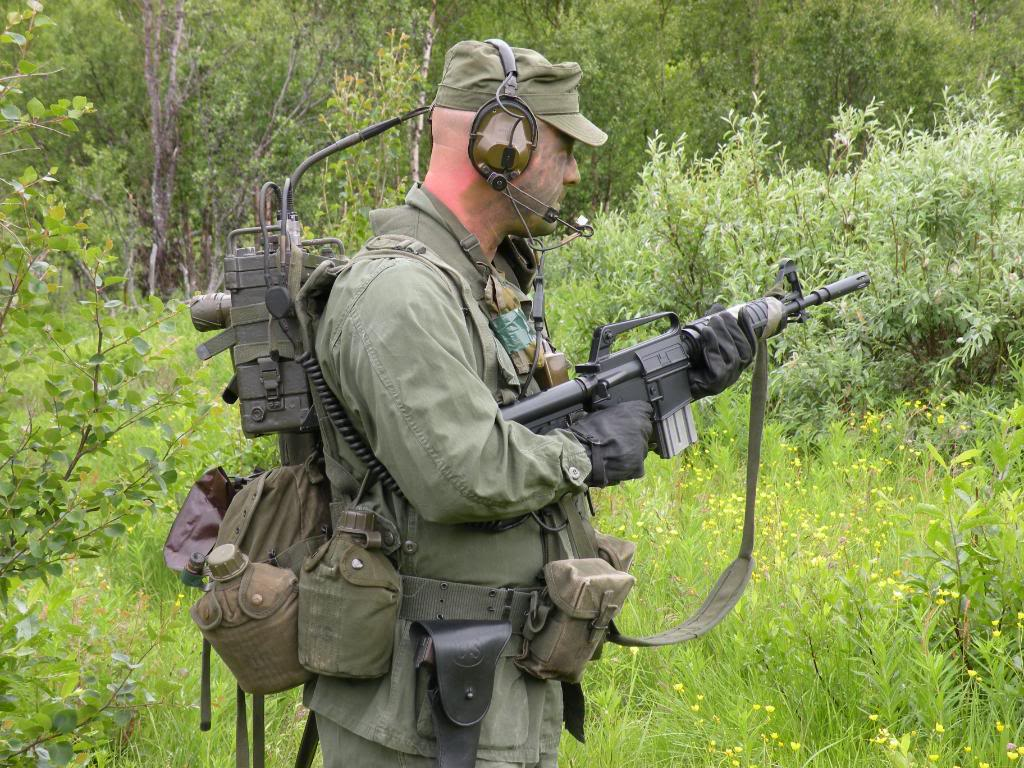 living history-us army and usmc from nam to 1990s Rangerside3