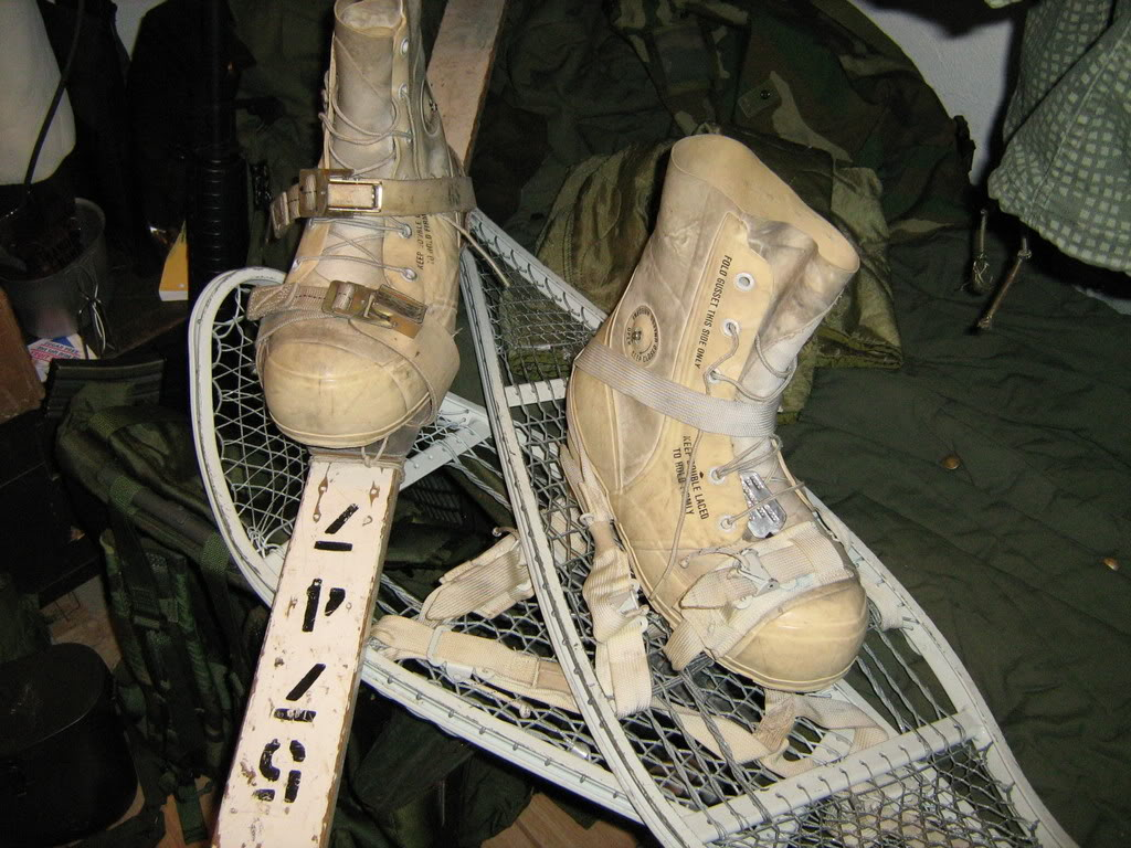 us snow shoes and skies with vb boots type white. Vbboots