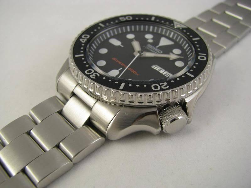 changer le bracelet  des ma SEIKO diver 200  IMG_2572