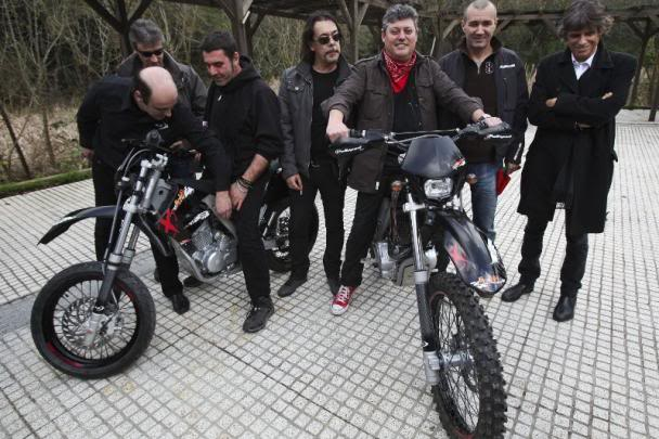 Conheça as motos dos Xutos & Pontapés Ajp1