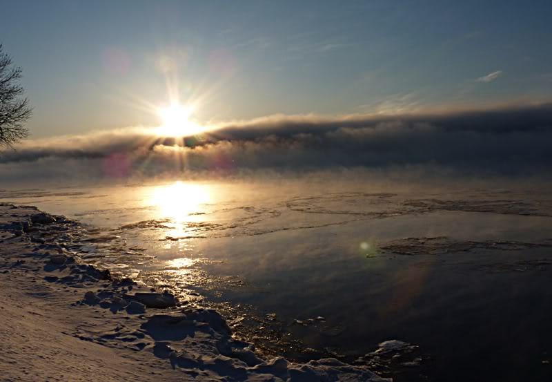 Lever du soleil chez moi ce matin à 5 h. 15.photo Fvrier2012171
