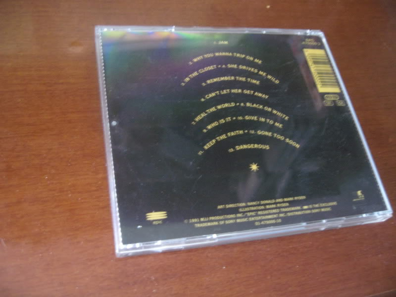 VENDO Album Dangerous '13 tracks' CD Limited Edition Italy 1993 IMG_5229