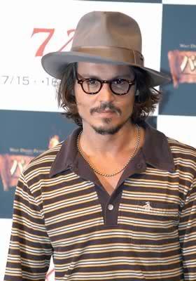 Johnny Depp - Página 2 20061116121147
