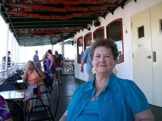 My sister, Carole Sistersreunion003
