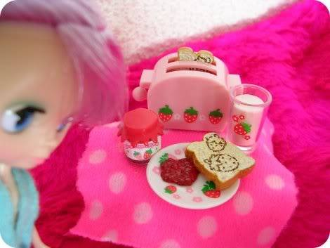 La journée de Lulu (Petite blythe pyjama Party) Lu_journ03