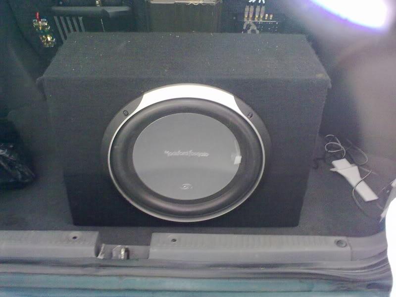 WTS Alpine mono amp and Rockford Fosgate P2 Subwoofer NikonSB-15_016