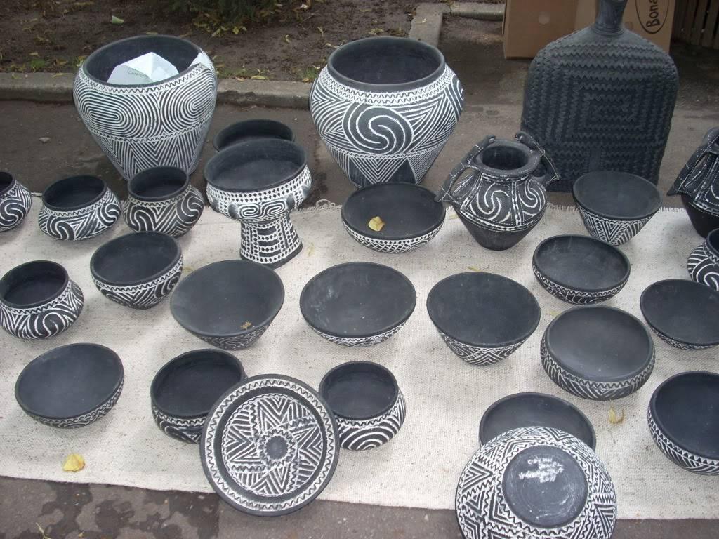 Targul de arta ceramica Cucuteni si al mestesugarilor de la Iasi-1/3 iulie 2011 Cucuteni005