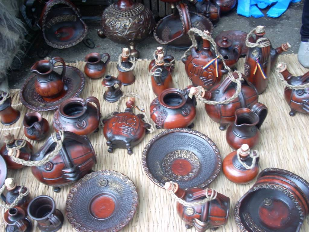 Targul de arta ceramica Cucuteni si al mestesugarilor de la Iasi-1/3 iulie 2011 Cucuteni014
