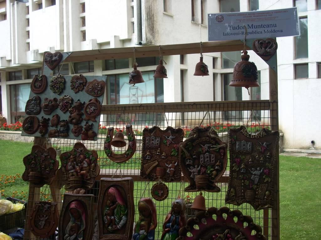 Targul de arta ceramica Cucuteni si al mestesugarilor de la Iasi-1/3 iulie 2011 Cucuteni028
