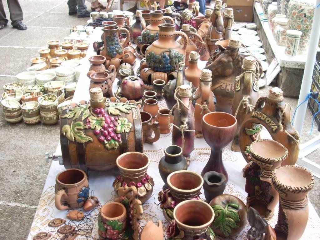 Targul de arta ceramica Cucuteni si al mestesugarilor de la Iasi-1/3 iulie 2011 Cucuteni029