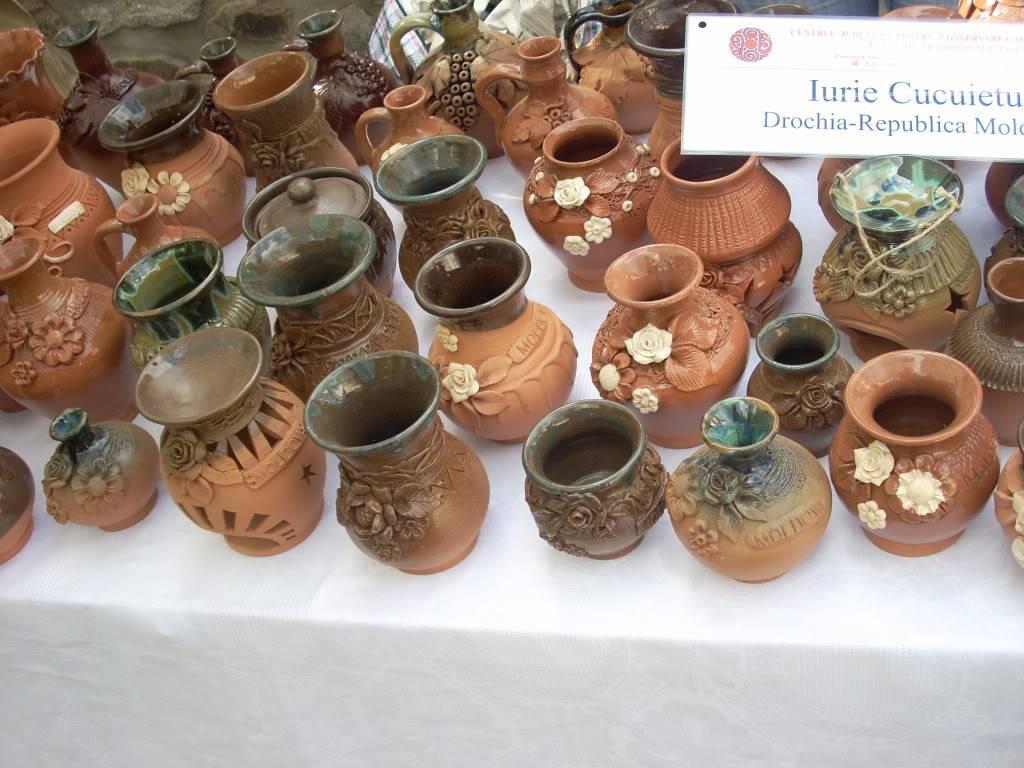 Targul de arta ceramica Cucuteni si al mestesugarilor de la Iasi-1/3 iulie 2011 Cucuteni035