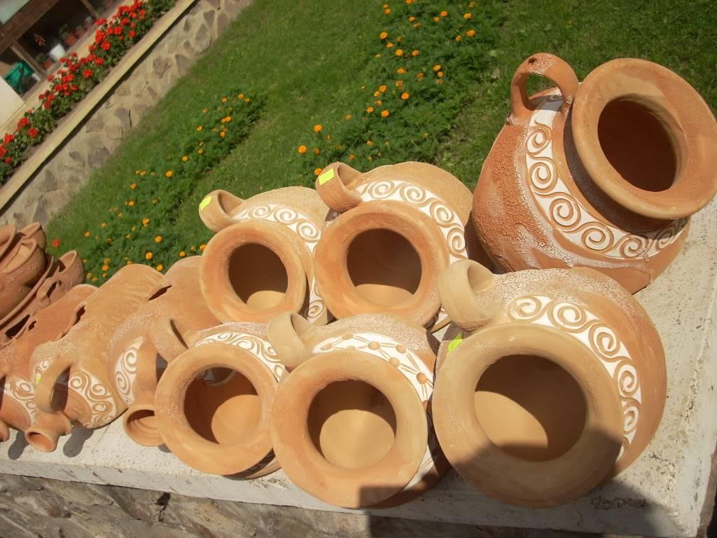 Targul de arta ceramica Cucuteni si al mestesugarilor de la Iasi-1/3 iulie 2011 Cucuteni040