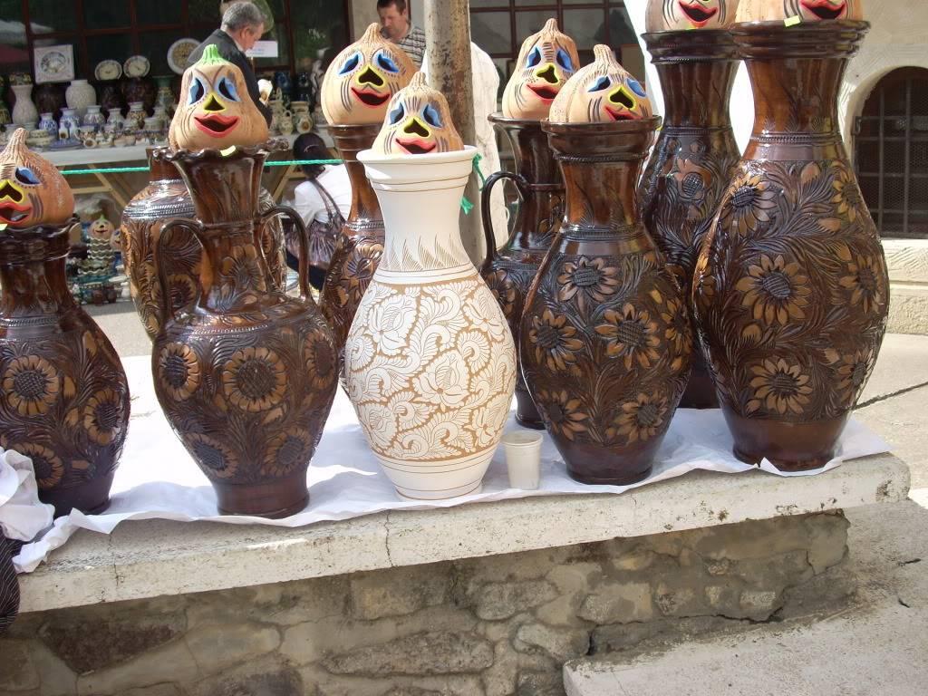 Targul de arta ceramica Cucuteni si al mestesugarilor de la Iasi-1/3 iulie 2011 Cucuteni043