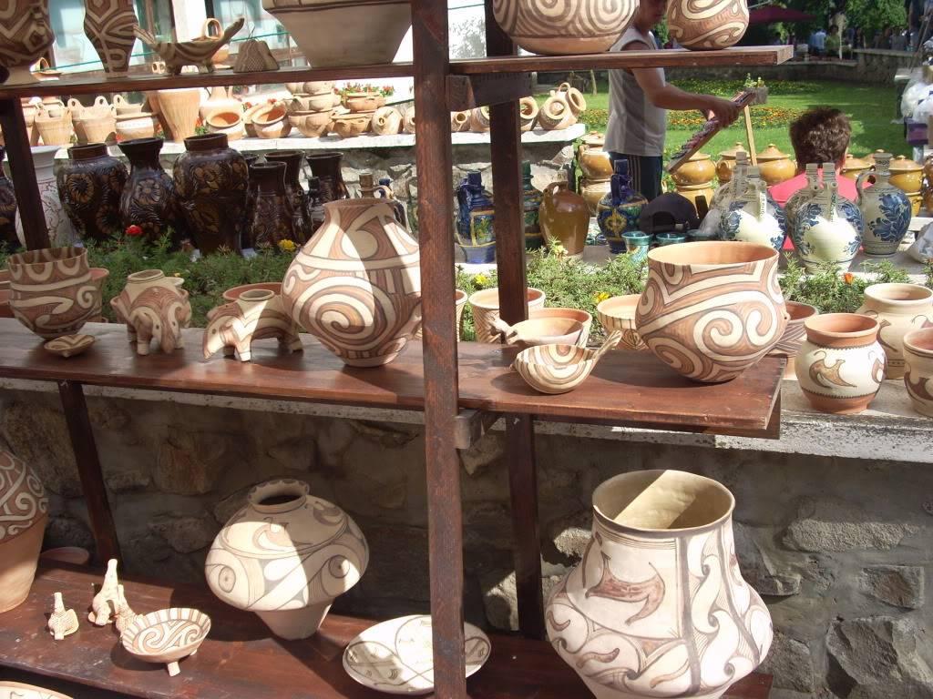 Targul de arta ceramica Cucuteni si al mestesugarilor de la Iasi-1/3 iulie 2011 Cucuteni048