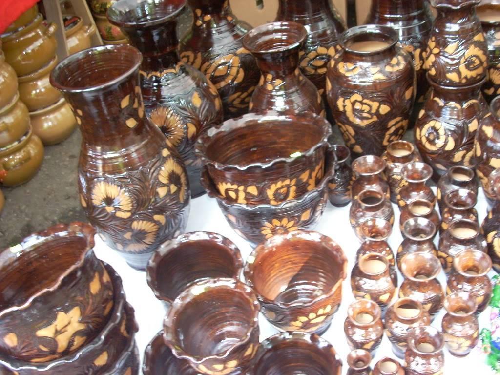 Targul de arta ceramica Cucuteni si al mestesugarilor de la Iasi-1/3 iulie 2011 Cucuteni080