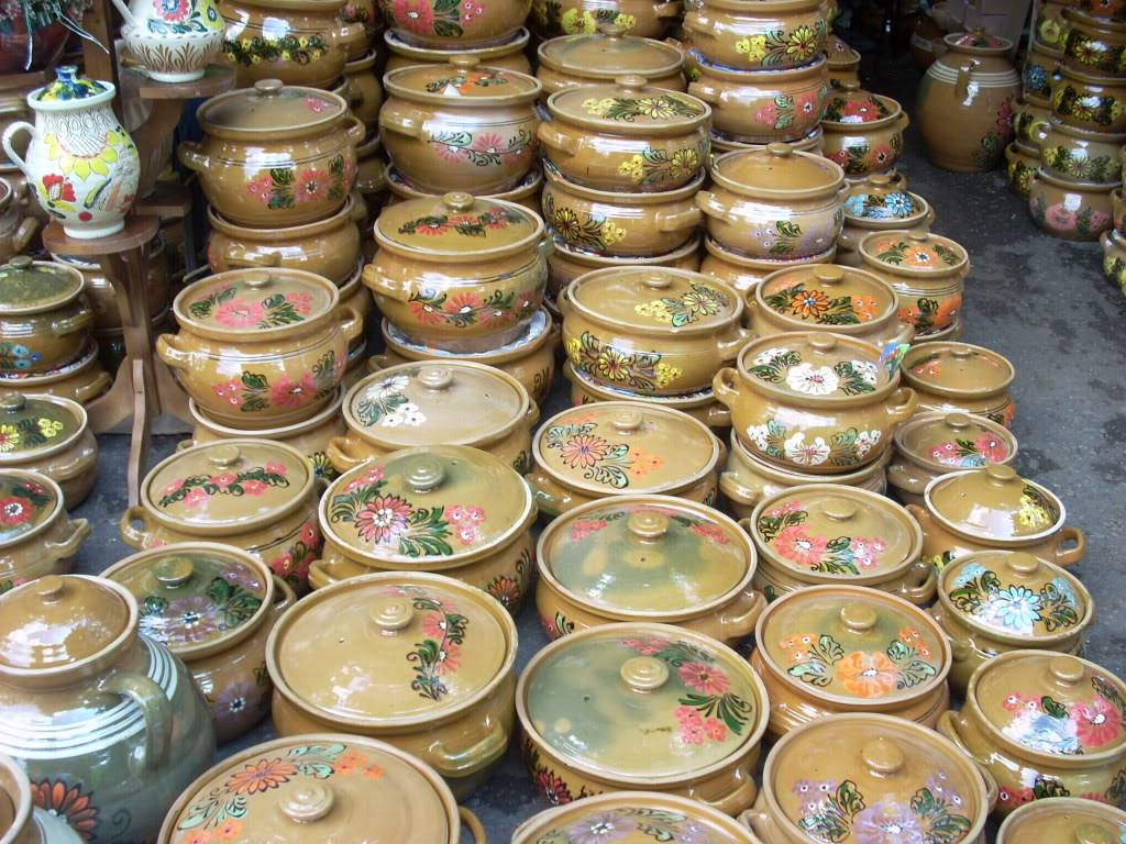 Targul de arta ceramica Cucuteni si al mestesugarilor de la Iasi-1/3 iulie 2011 Cucuteni081