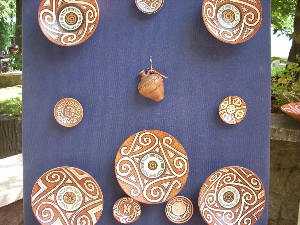 Targul de arta ceramica Cucuteni si al mestesugarilor de la Iasi-1/3 iulie 2011 Cucuteni092