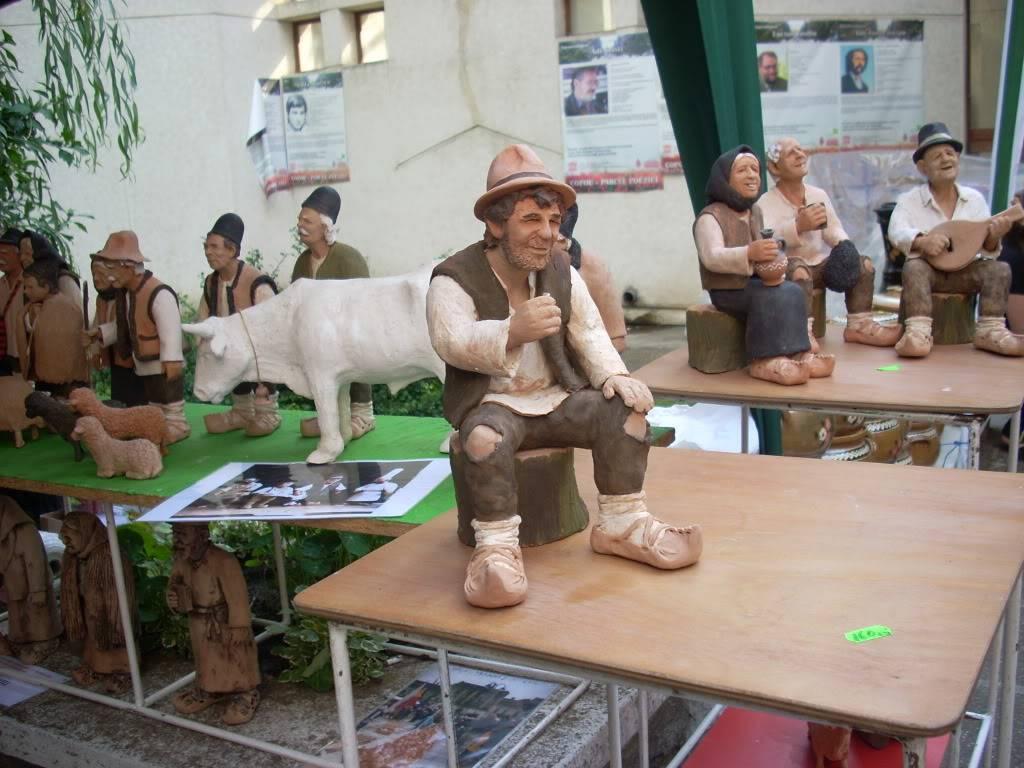 Targul de arta ceramica Cucuteni si al mestesugarilor de la Iasi-1/3 iulie 2011 Cucuteni096