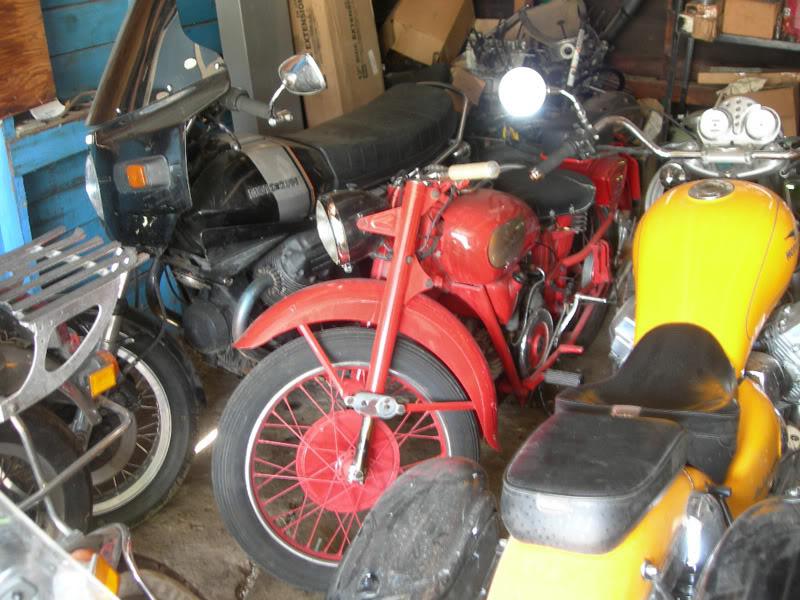 Ace = Moto Guzzi GuzziGarage02