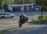 Motorcycles Th_FazerWheelieAM