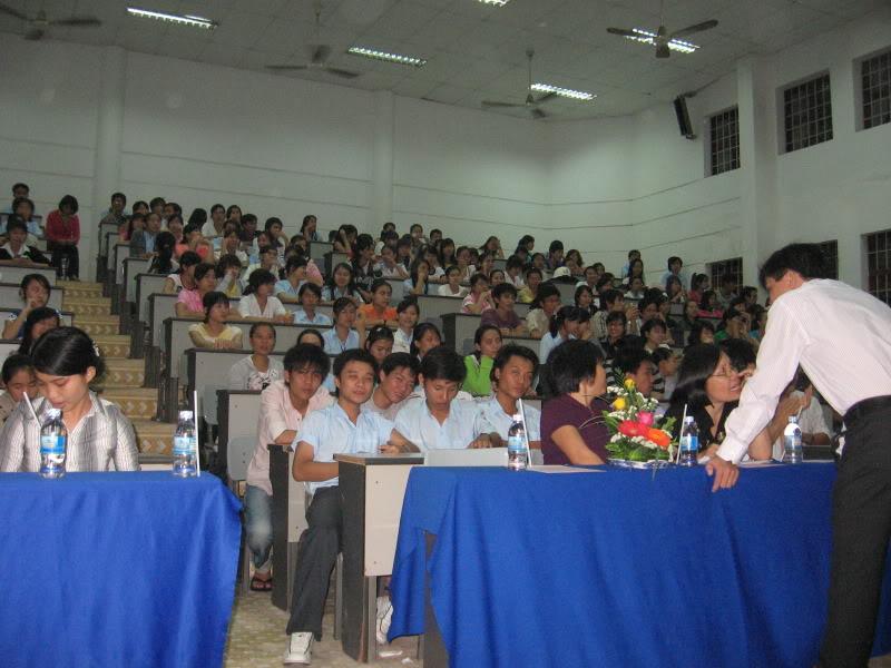 Ảnh diễn văn nghệ 20-11 Picture055