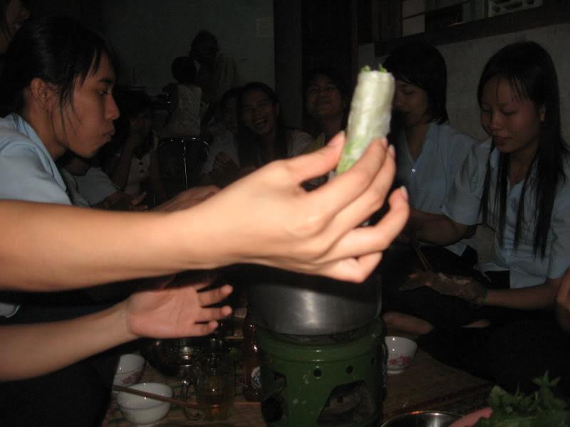 HÌNH LIÊN HOAN CUỐI NĂM Picture114