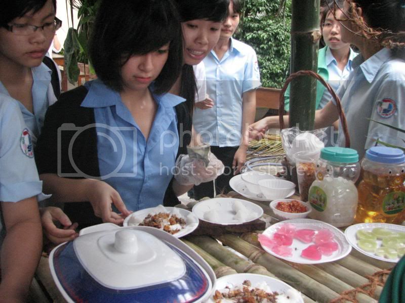 Su ca khoa tu nhien va hoat dong chao mung 1000 nam thang long IMG_0134