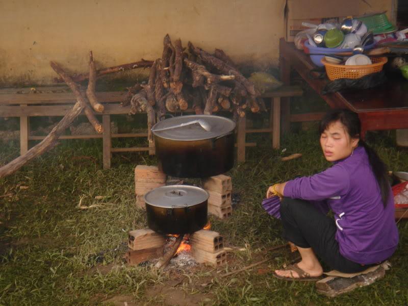 Mùa hè Tình Nguyện Khánh Sơn 2010 trường CĐSP Nha Trang DSC01818