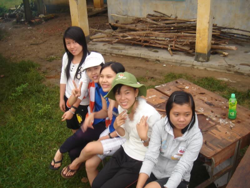 Mùa hè Tình Nguyện Khánh Sơn 2010 trường CĐSP Nha Trang DSC01819