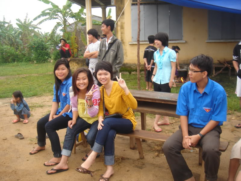 Mùa hè Tình Nguyện Khánh Sơn 2010 trường CĐSP Nha Trang DSC01820