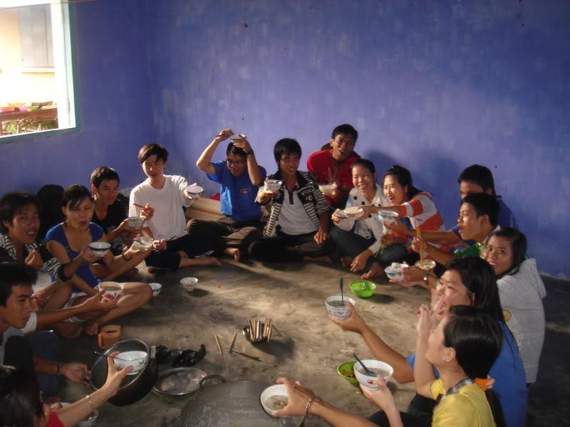 Mùa hè Tình Nguyện Khánh Sơn 2010 trường CĐSP Nha Trang DSC01821