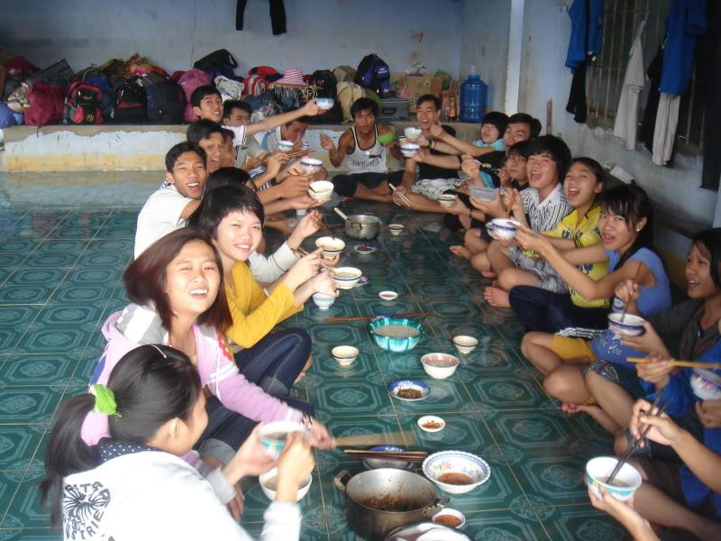 Mùa hè Tình Nguyện Khánh Sơn 2010 trường CĐSP Nha Trang DSC01826