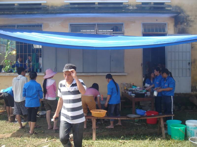 Mùa hè Tình Nguyện Khánh Sơn 2010 trường CĐSP Nha Trang DSC01851