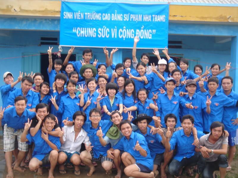 Mùa hè Tình Nguyện Khánh Sơn 2010 trường CĐSP Nha Trang DSC01884
