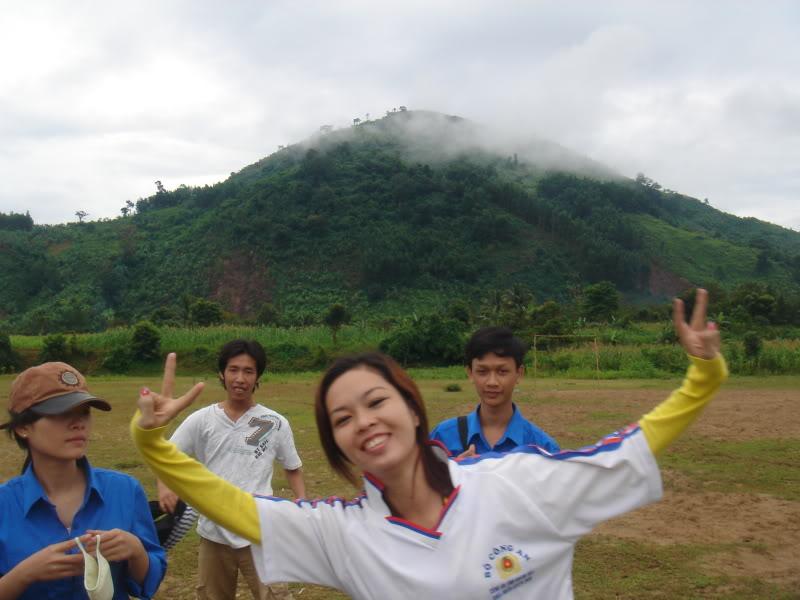 Mùa hè Tình Nguyện Khánh Sơn 2010 trường CĐSP Nha Trang DSC01909