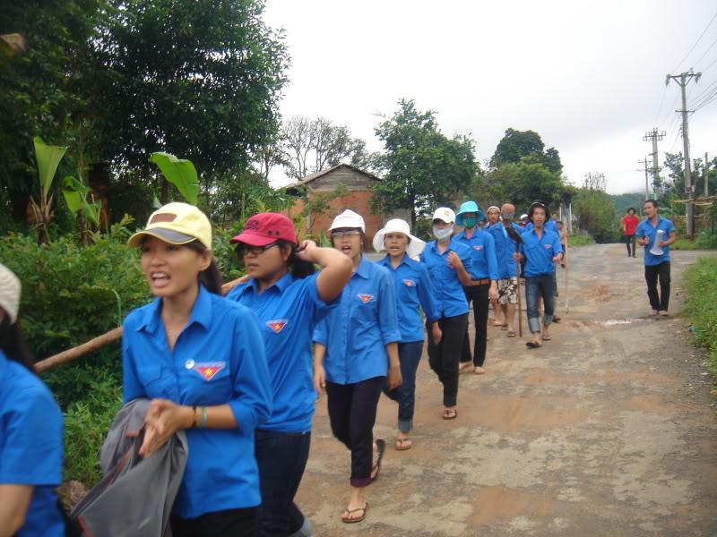 Mùa hè Tình Nguyện Khánh Sơn 2010 trường CĐSP Nha Trang DSC01948