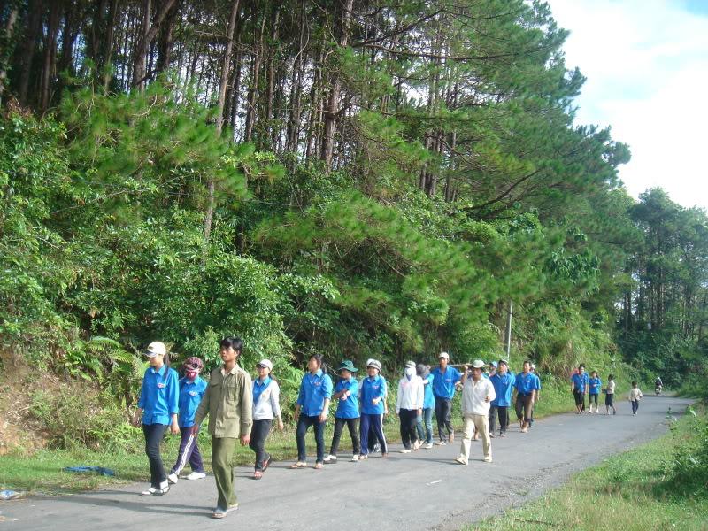 Mùa hè Tình Nguyện Khánh Sơn 2010 trường CĐSP Nha Trang DSC01967