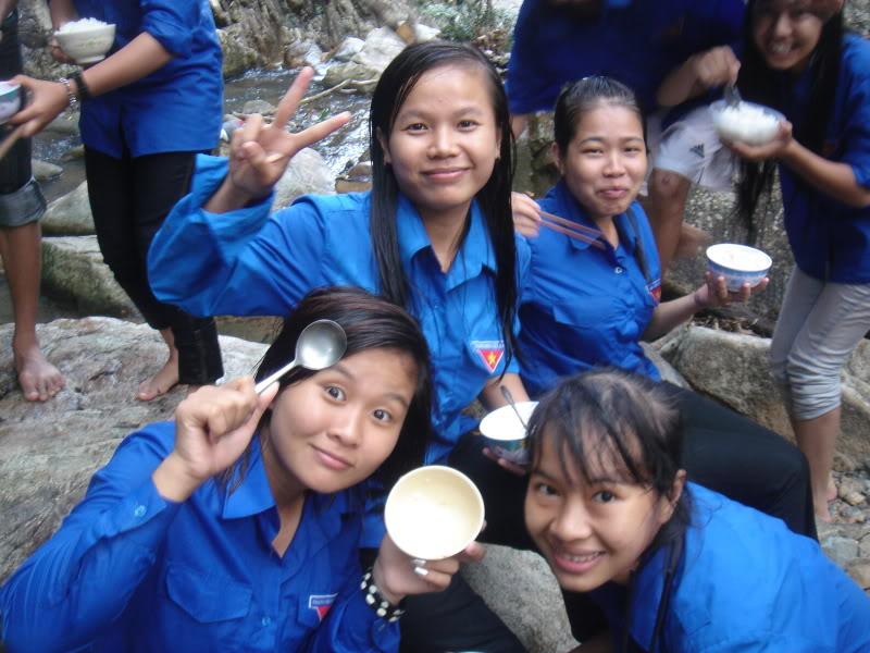 Mùa hè Tình Nguyện Khánh Sơn 2010 trường CĐSP Nha Trang DSC01994
