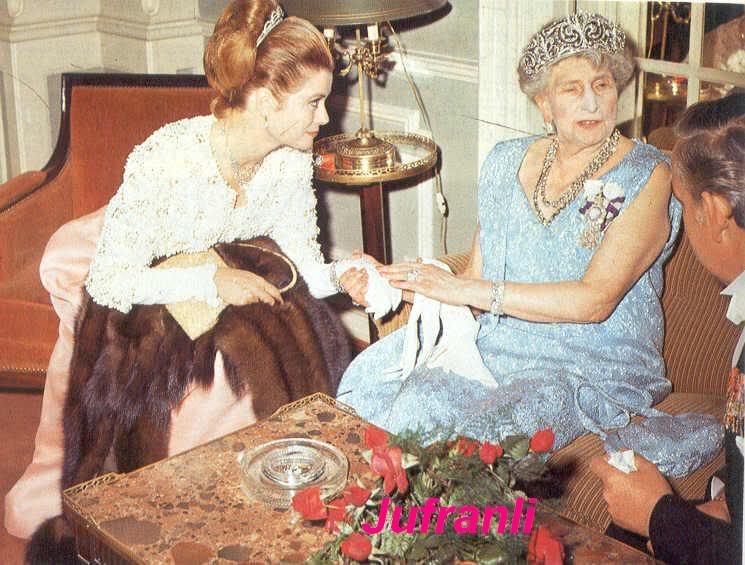 Pilar de Borbón y Luis Gómez-Acebo Pilar02