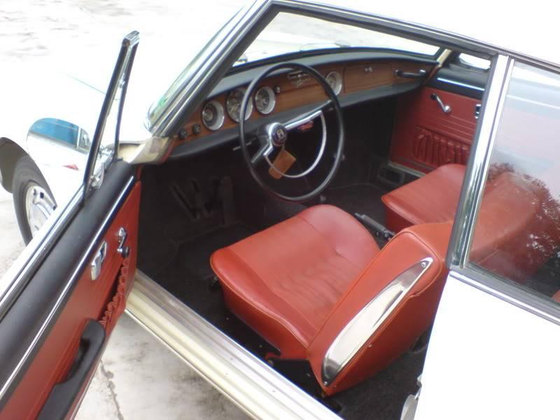 VW Karmann Guia DSC00505