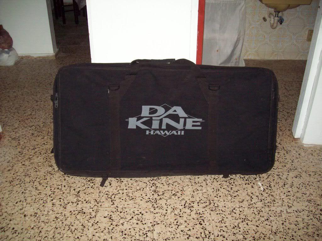 vendo bodyboard bag 100_0070