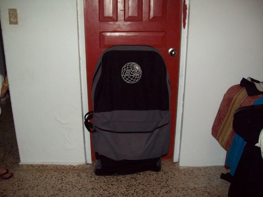 vendo bodyboard bag 100_0072