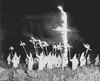 Grupal de CUCUS CLAN para la TNT Klan-in-gainesville