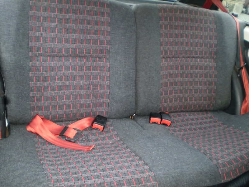 AX GTi 16v Rearseat
