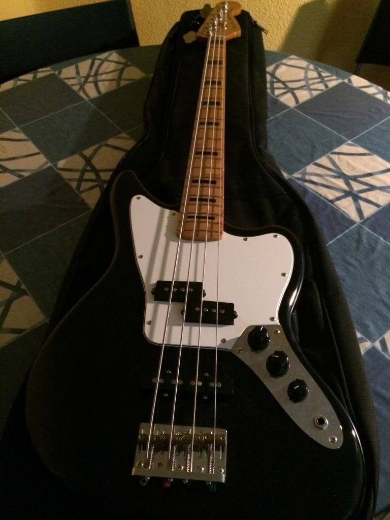 VENDO Fender MP Jaguar Bass 415€ (Opción a cambio por bajo escala corta + dinero) IMG_4169