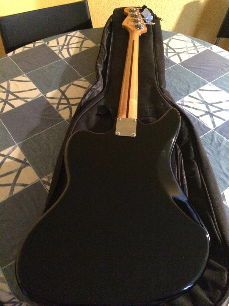 VENDO Fender MP Jaguar Bass 415€ (Opción a cambio por bajo escala corta + dinero) IMG_4170