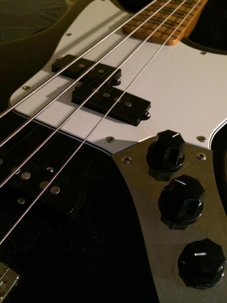 VENDO Fender MP Jaguar Bass 415€ (Opción a cambio por bajo escala corta + dinero) IMG_4172