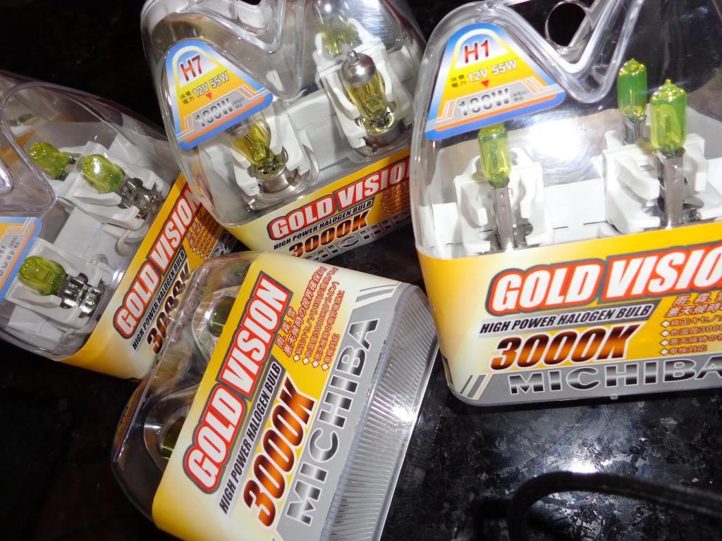 [ILUMINAÇÃO] Lâmpadas Amarelas 3000K DSC00055_zpsc1dfe608
