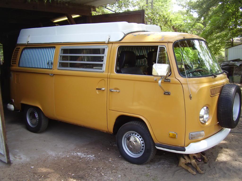 72 Bay Camper Debbiesbus002