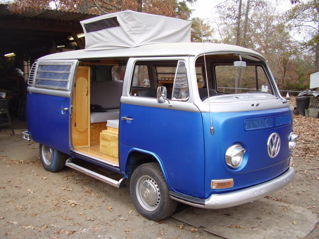 72 Bay Camper Bus12077